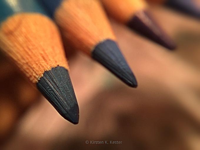Studio, farveblyanter © KirstenKKester.com | Kirsten K. Kester